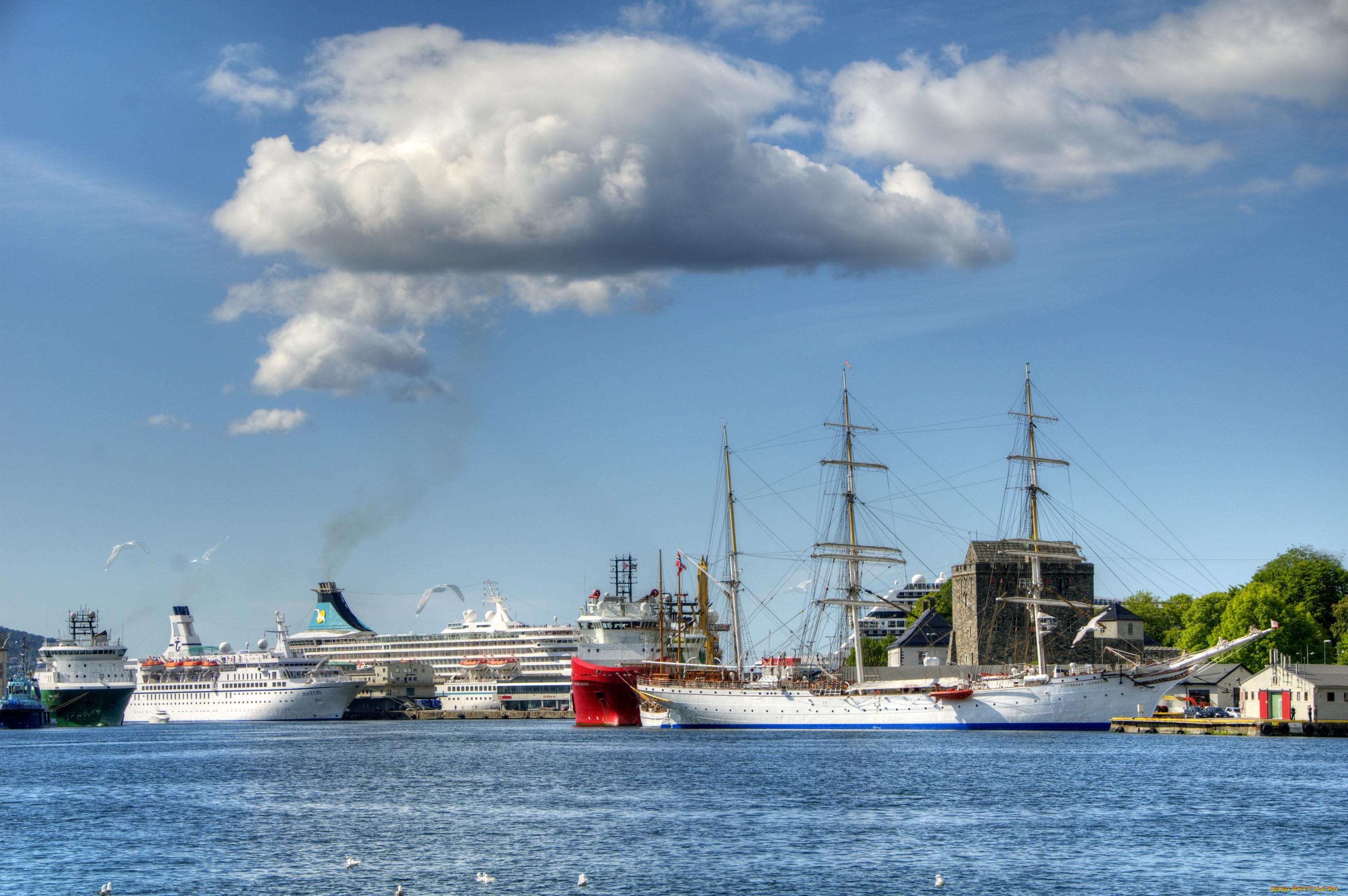 Фото морской порт парусники